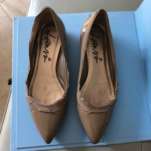 Lanvin Ballet Flat Shoe Size 35 in Taupe
